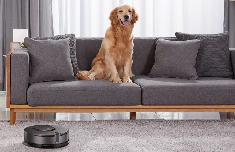 New LG CordZeroThinQ robotic mop takes automatic floor cleaning to another level
