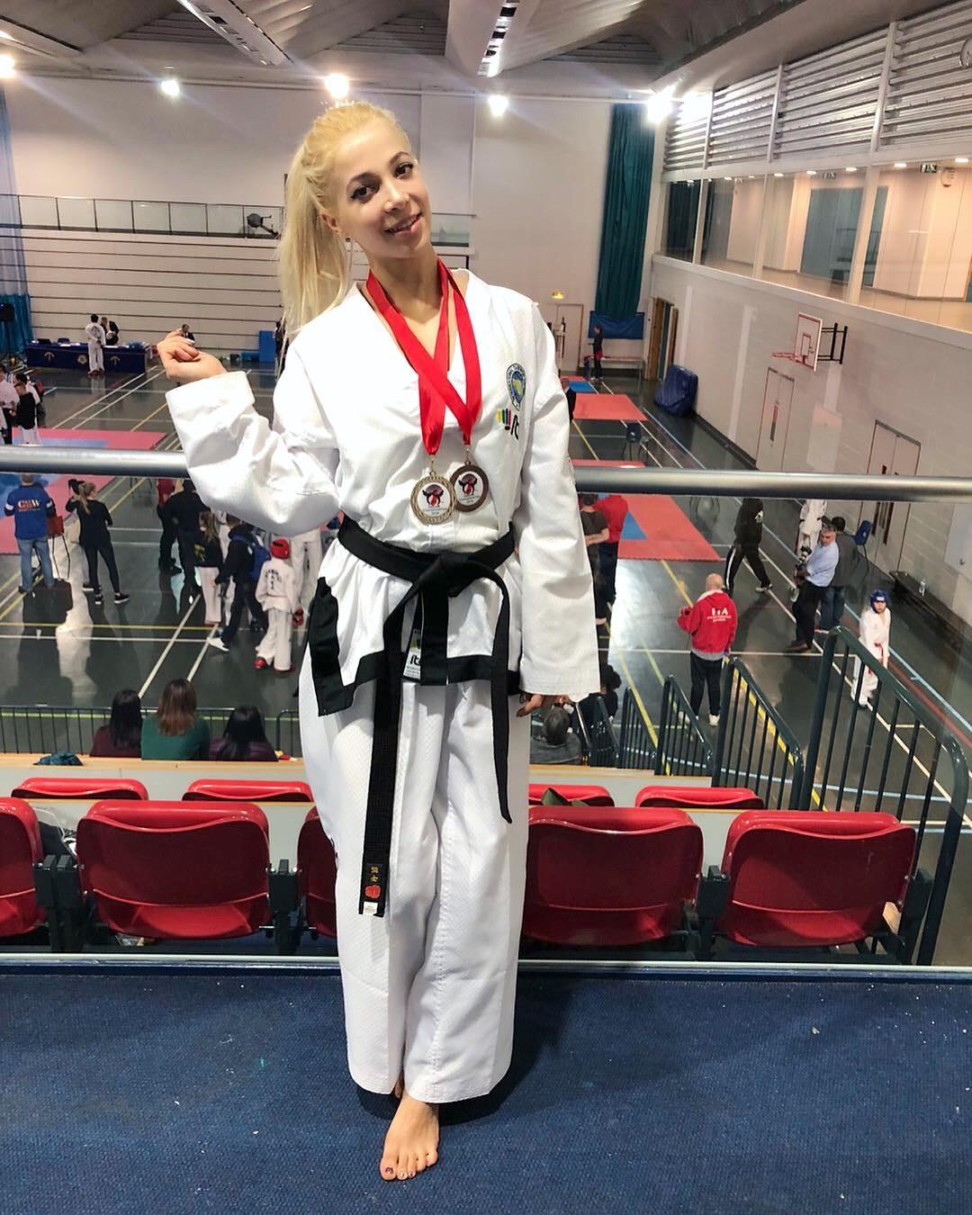 Lilly-Iaschelcic-taekwondo-fashion